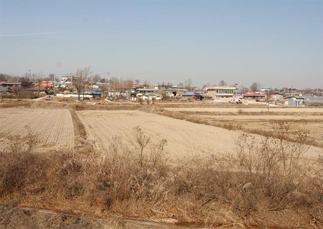 근대전후 토진나루였던 토진1리 톷나루(2008)