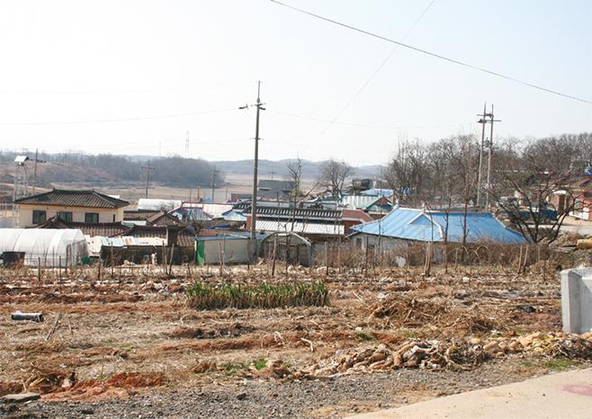 청북신도시개발 전의 옥길1리 윗말(2007)