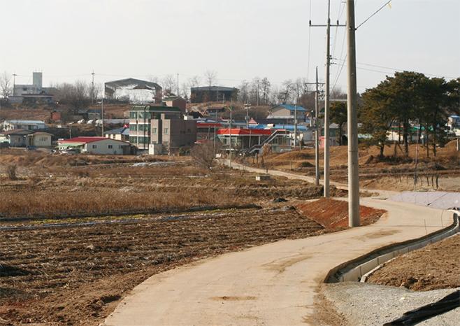 택지개발로 사라진 용이동 현촌마을(2008)